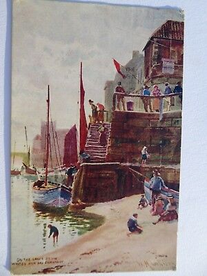 Vintage postcard 1924 On the sands below Whitby Pier and Fishmarket George V 1d
