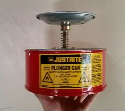 Flammable Liquid Dispenser 1 Qt Justrite Plunger