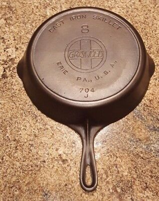 Antique GRISWOLD #8 Slant logo Cast Iron Skillet with Heat Ring: Circa 1906-1929