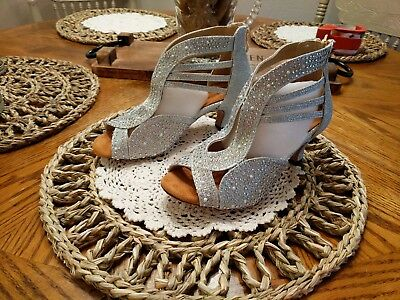 Ladies Stunning Dance Shoes Size 5