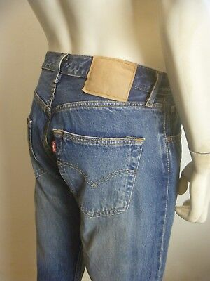 LEVIS 501 Vintage Jeans Sz  31 / 32 x 32 - BUY Any 5 Items = Free Post