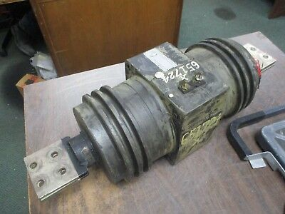 GE Type JCM-5 Current Transformer 755X20G5 Ratio 2000:5A 50-60Hz 110KV BIL Used