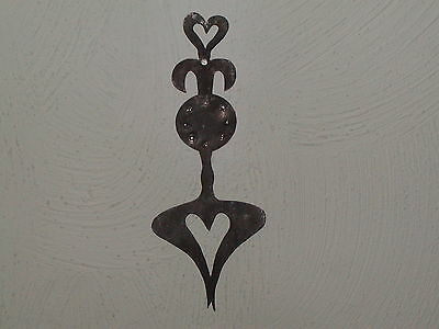 Primitive Early 18th C. Style Fleur De Leaf Hearts Tin Quilting Template Pattern