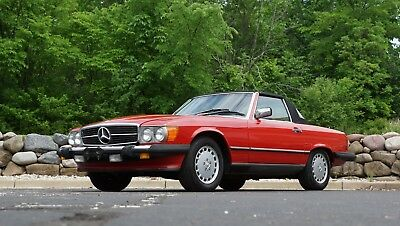 1986 Mercedes-Benz 500-Series  1986 Mercedes-Benz 560SL