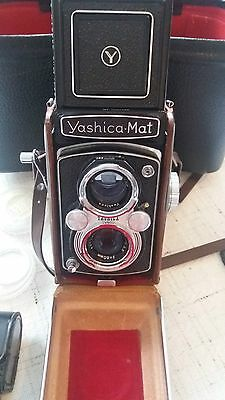 Yashica Mat TLR  medium format camera + extras