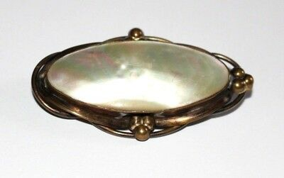 Large Antique Victorian Mother Of Pearl Brooch / Pin.