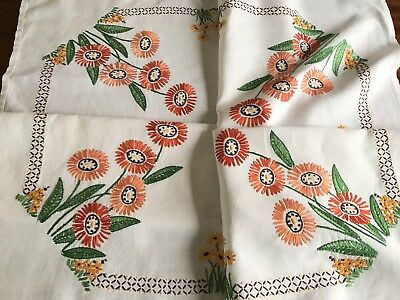 """VINTAGE HAND EMBROIDERED  WHITE LINEN TABLECLOTH 41x43"""" Ready To Use"""