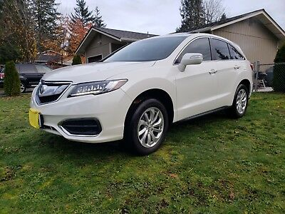 2017 Acura RDX Technology Package Blind spot, leather, heated, moonroof, Nav, V6 **Consumer Reports recommend SUV*