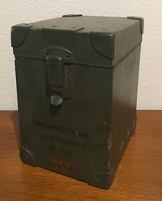 Military Geninuine WWII Wooden US Army Telephone Repeater Box (Empty)