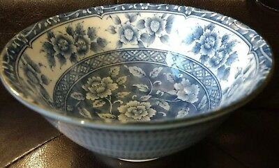 Chinese rice bowl porcelain signed blue and white rose floral hand painted