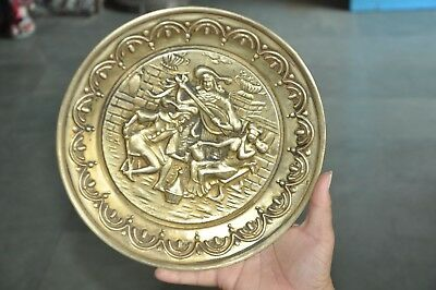 Old Brass Handcrafted Embossed Victorian Picture Wall Hanging Plate,England