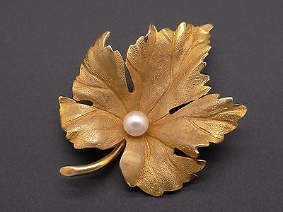 14k Yellow Gold 5mm Round White Pearl Maple Leaf Flower Brooch Pin