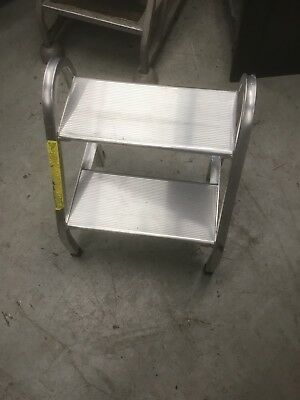 2 Step Ladder Aluminum