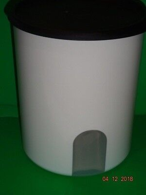 Tupperware # 2418B-4 One Touch Canister C Reminder Black Seal 7791A-2 12 Cup NEW