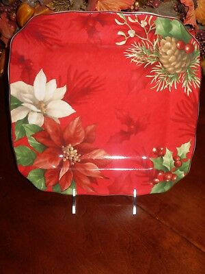 222 Fifth Christmas Poinsettia Holly Set/4 Dinner Plates Pinecones Holly Red Nib