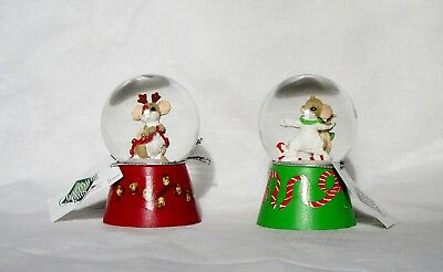 """Nwt Set Of 2 Charming Tails #130442 Miniature Christmas Winter Snowglobes 2.75""""h"""