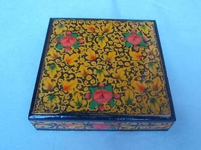 208 / Vintage Kashmir Papier Mache Box Hand Painted Flowers And Leaves