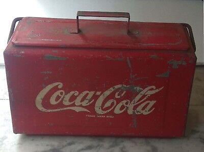Vintage COCA COLA COOLER BOX Traveler Picnic ICE CHEST METAL BODY red color logo