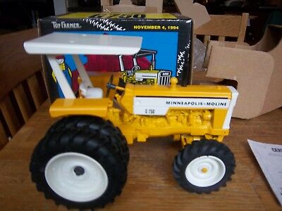 Minneapolis Moline G750 '94 Nat'l. Farm Toy Show tractor by Ertl in 1/16th scale