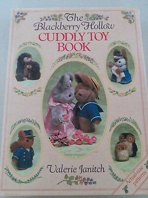 Vintage The Blackberry Hollow Cuddly Toy Book Valerie Janitch Full-Size Patterns