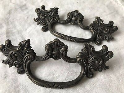 """Vtg Ornate French Provincial Drawer Pulls Pair 4"""" Bore Large Antique Gold"""