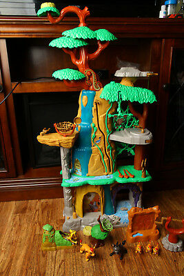 Disney Lion Guard Training Lair Playset w/ Figures and Extras Works Just Play