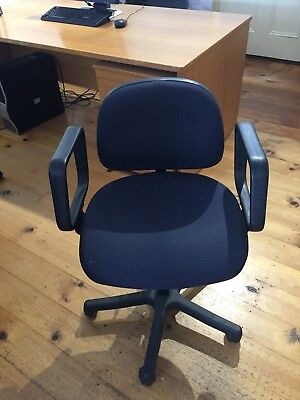 Office Swivel Chairs Used