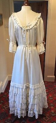 VINTAGE 1970's VICTORIAN STYLE IVORY WEDDING DRESS BY SCOTTS OF LONDON