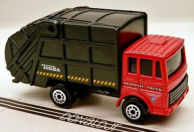 Maisto Tonka Disposal Truck Red COE Style Refuse/Garbage 1/64 Scale Diecast
