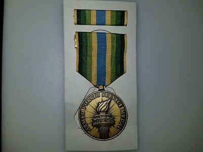 US ARMED FORCES SERVICE MEDAL W/ Service Ribbon