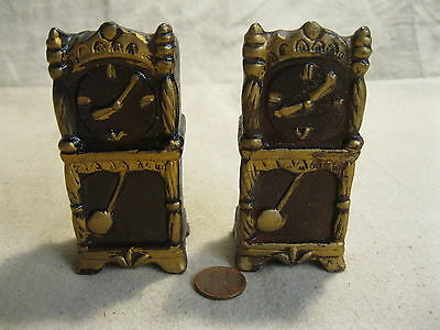 Vintage Grandfather Clock Salt and Pepper Shakers Earthenware                  2