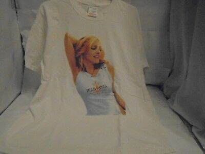 Madonna 2001 Drowned World Tour Tshirt Adult Xlarge