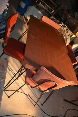 Vintage  Mid-Century Retro Formica  Dinette Kitchen Table 4 Chairs Hair pen legs