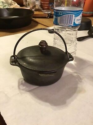 Favorite Pique Ware Cast Iron Toy Dutch Oven Rare Rare Rare