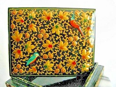 ANTIQUE - KASHMIRE HAND MADE  &  GOLD  24k  PAINTED  PAPER  MATCHES JEWELERY BOX