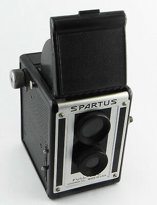 Bakelit-Box-Kamera TLR-Style SPARTUS FULL-VUE - Rollfilm 6x6 - U.S.A. 1950