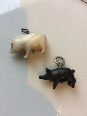 X2 RARE ANTIQUE VICTORIAN TINY CARVED Onyx And Black Lucky PIG ANIMAL CHARMS👌