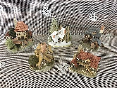 David Winter Vintage Collectible Cottages, Christmas, lot of 5, from London