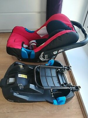 Britax Romer Baby Safe 2 Car Seat & Isofix Base, rain cover included, excellent!