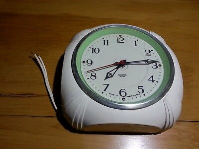 Smiths Electric Wall Clock - not working