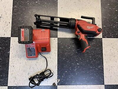 Milwaukee2441-20 Cordless M12 Lithium-Ion 10oz Caulk Gun W/batt & Charger