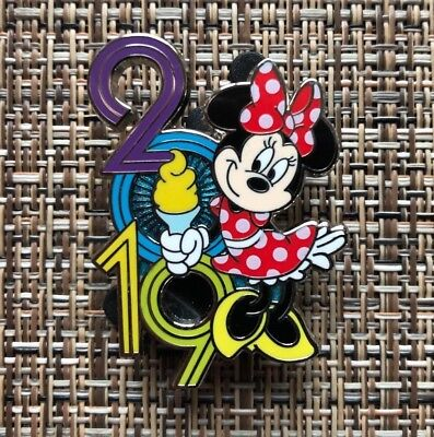 2019 Minnie Mouse pin from Disney 6 pin Booster Set - 2019 Booster