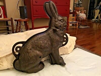 Griswold Cast Iron Rabbit Cake Mold Very Nice Condition Pn 862 And 863