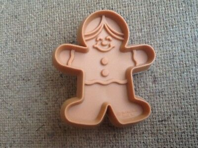 Vintage 1981 Hallmark Christmas Holiday Mini Gingerbread Man cookie cutter NEW