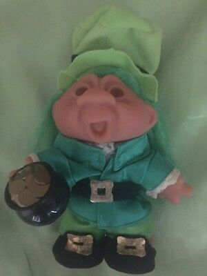 RARE DAM DOLL LEPRECHAUN IRISH GOOD LUCK TROLL w POT OF GOLD  COLLECTABLE GIFT