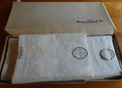 Vintage Irish Double Damask Linen Daisy Tablecloth and Uncut Roll 12 Napkins