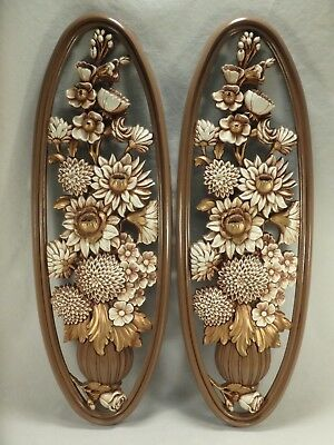 """1976 Syroco 21"""" Oval Floral Wall Hangings Roses Mums Flowers Gold White Plaque"""