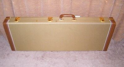 Tweed Electric Guitar Case - Hardshell Case - Fits Most Strat & Teles - Stains