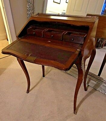 French Rosewood Inlaid French Writing Desk Bureau de Dame
