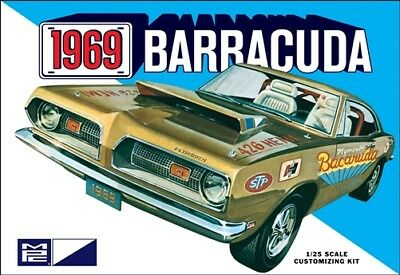 Mpc832 1969 Plymouth Barracuda 1:25 Scale Model Kit
